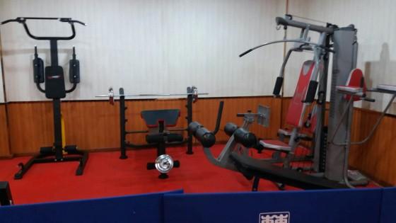 海军航空大学外训系健身房
